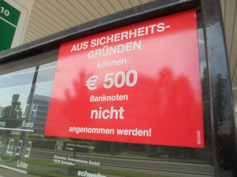 96-pix-klausens-foto-500-euro-unerwuenscht-tankstelle-10-6-2016